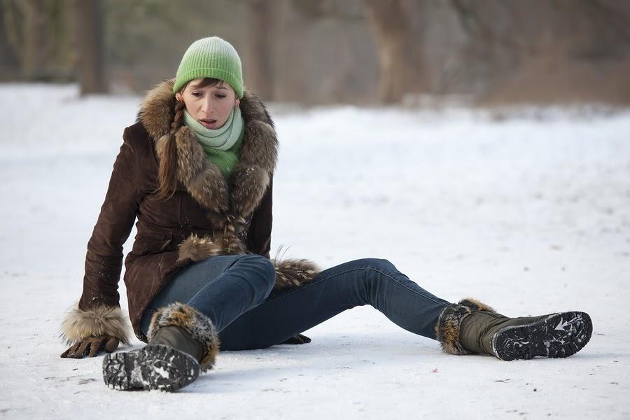 Falling on Icy Sidewalk Lawyer in Fayetteville, AR